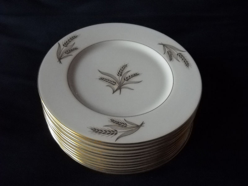 Primary image for Lenox Harvest salad  plates (12 available)   gold