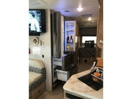 2019 COACHMEN LEPRECHAUN 311FS For Sale In Cincinnati, OH 45247 image 11