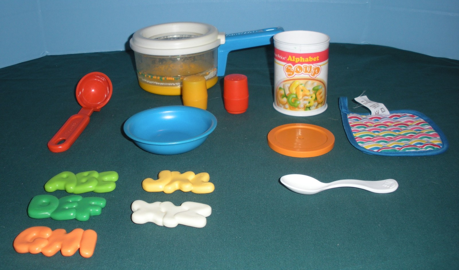 Vintage Fisher Price #2111 Simmering Saucepan Complete/ EXC+++ (S)