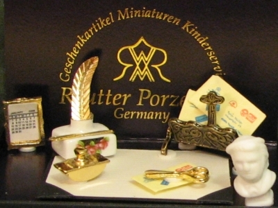 Reutter porcelain desk set 2010victrose gemjanes dollhouse miniatures 4