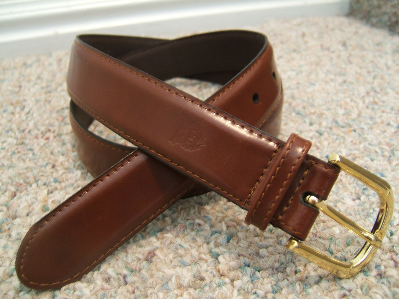 CHRISTIAN DIOR GLAZED RICH BROWN LEATHER BELT--34 85
