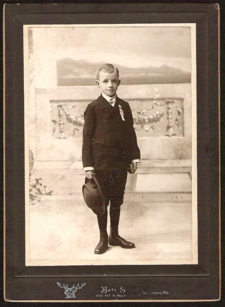 ANTIQUE PHOTO BOY WITH AN AWARD RIBBON HOLDING A BOOK