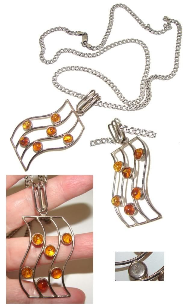 OUTSTANDING BALTIC AMBER MODERNIST SILVER NECKLACE