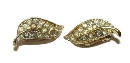 VINTAGE BEAUTIFUL CORO DESIGNER JEWELED CLIP EARRINGS  - $14.99