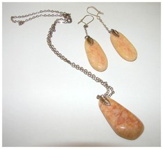 VINTAGE AGATE DEMI PARURE NECKLACE & EARRINGS - $59.99