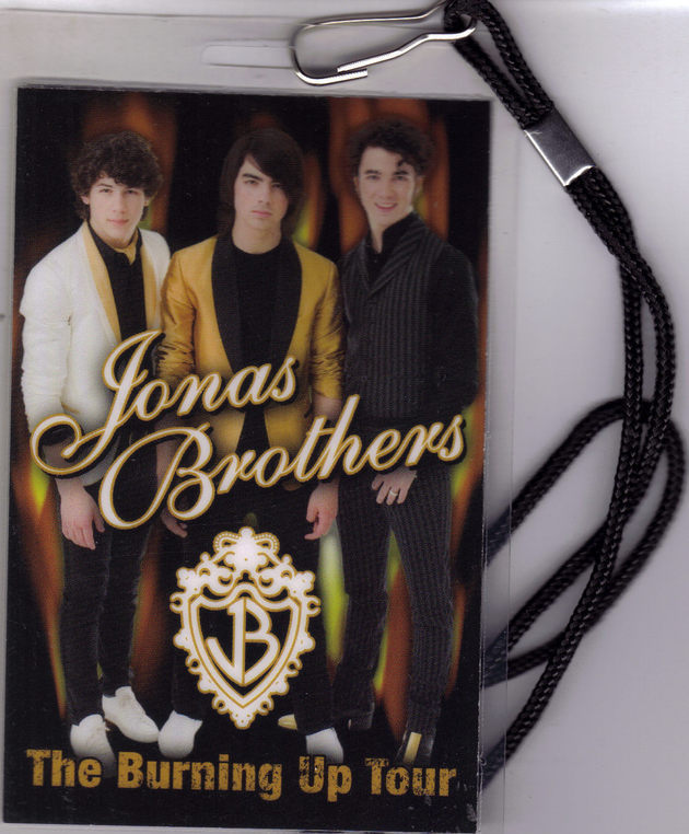 JONAS BROTHERS The Burning Up Tour Pass 2008