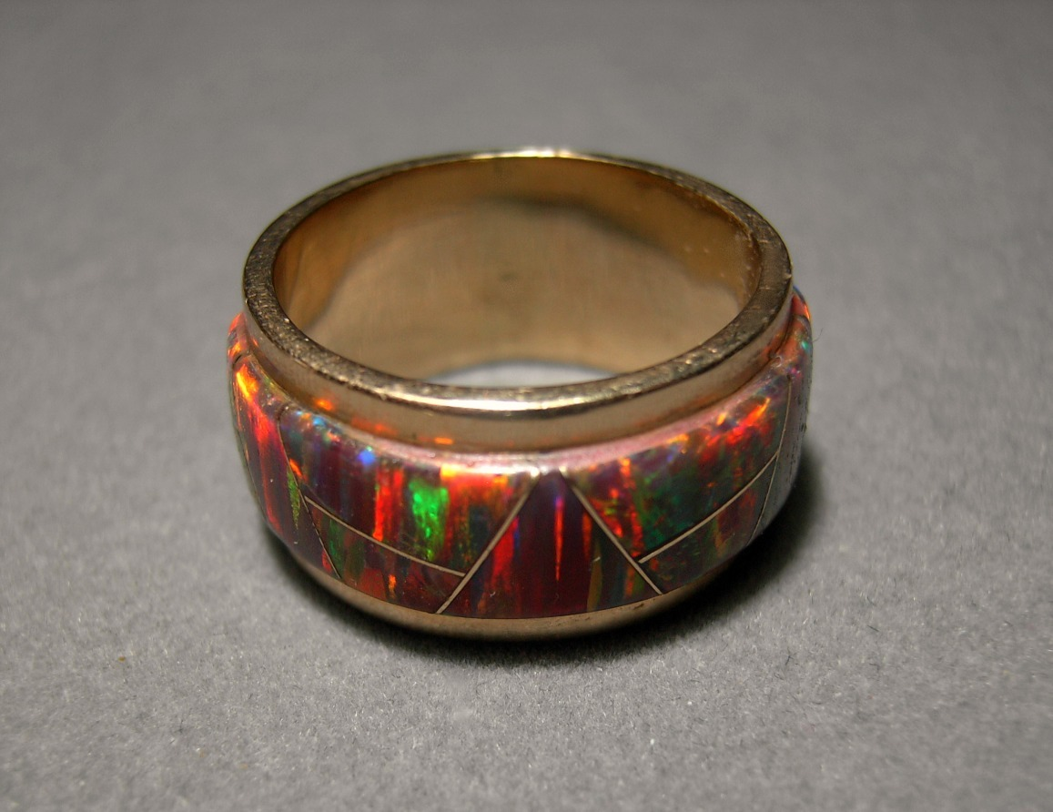 14k Solid Gold Opal Ring 11.6 grams Size 8.5 Red Fire Opal Inlay 11mm band ring