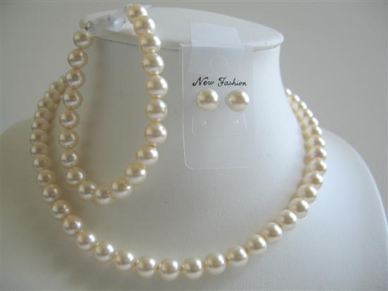Primary image for Ivory Pearls 8mm Earrings Bracelet Bridal Swarovski Pearls Jewelry Set