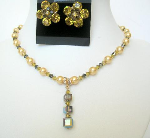 Primary image for Wedding Bridal Custom Jewelry Lime Pearls & Lime Crystals Necklace Set