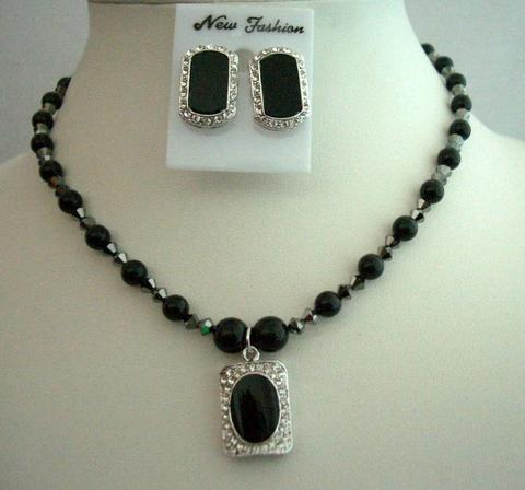 Mystic Pearls Jewelry Swarovski Black Pearls Necklace Set Onyx Stone