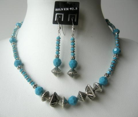 Primary image for Classic Tribal Ethnic Turquoise Crystals Beads Necklace Set