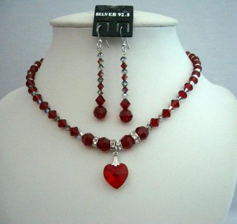 Primary image for Jewelry Bridal Bridesmaid Siam Red Crystals Heart Pendant Necklace Set