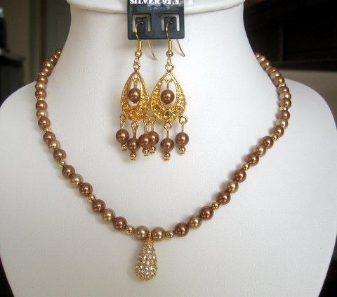 Necklace Set in Swarovski Copper Pearls w/ 22k Gold Plated Pendant