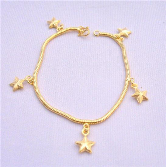 Star Dangling Bracelet Gold plated Bracelet w/ Star Dangling Bracelet