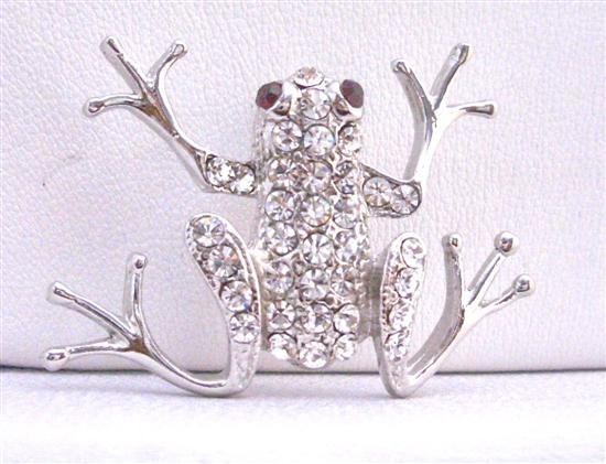 Artistically Encrusted Cubic Zircon Embedded Rhinestones Frog Brooch