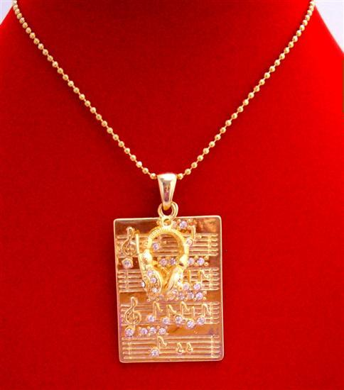 Gold Hip Hop Pendant Musical Node Rectangular Gold Head Phone Necklace