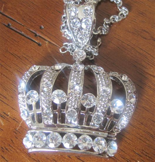 Blin Bling King Crown Hip Hop Pendant w/ 28 Inches Chain BLING