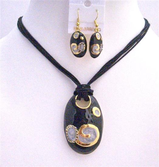 Gorgeous Stylish Fabulous Black Gold Jewelry Set Enamel Black Pendant