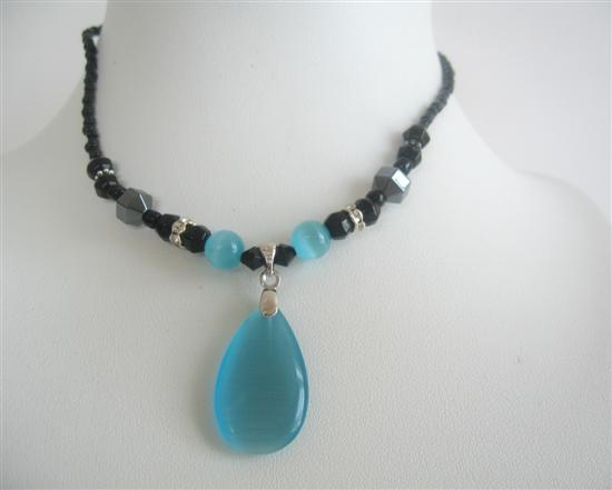 Blue Turquoise Cat Eye Teardrop Pendant Choker Necklace