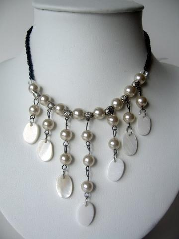 Primary image for White Peral & Shell Necklace Cultured Pearls w/ Dangling Shell Choker