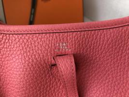 NEW-Auth HERMES Rose Azalea Clemence Evelyne Mini TPM Messenger/Shoulder Handbag image 7