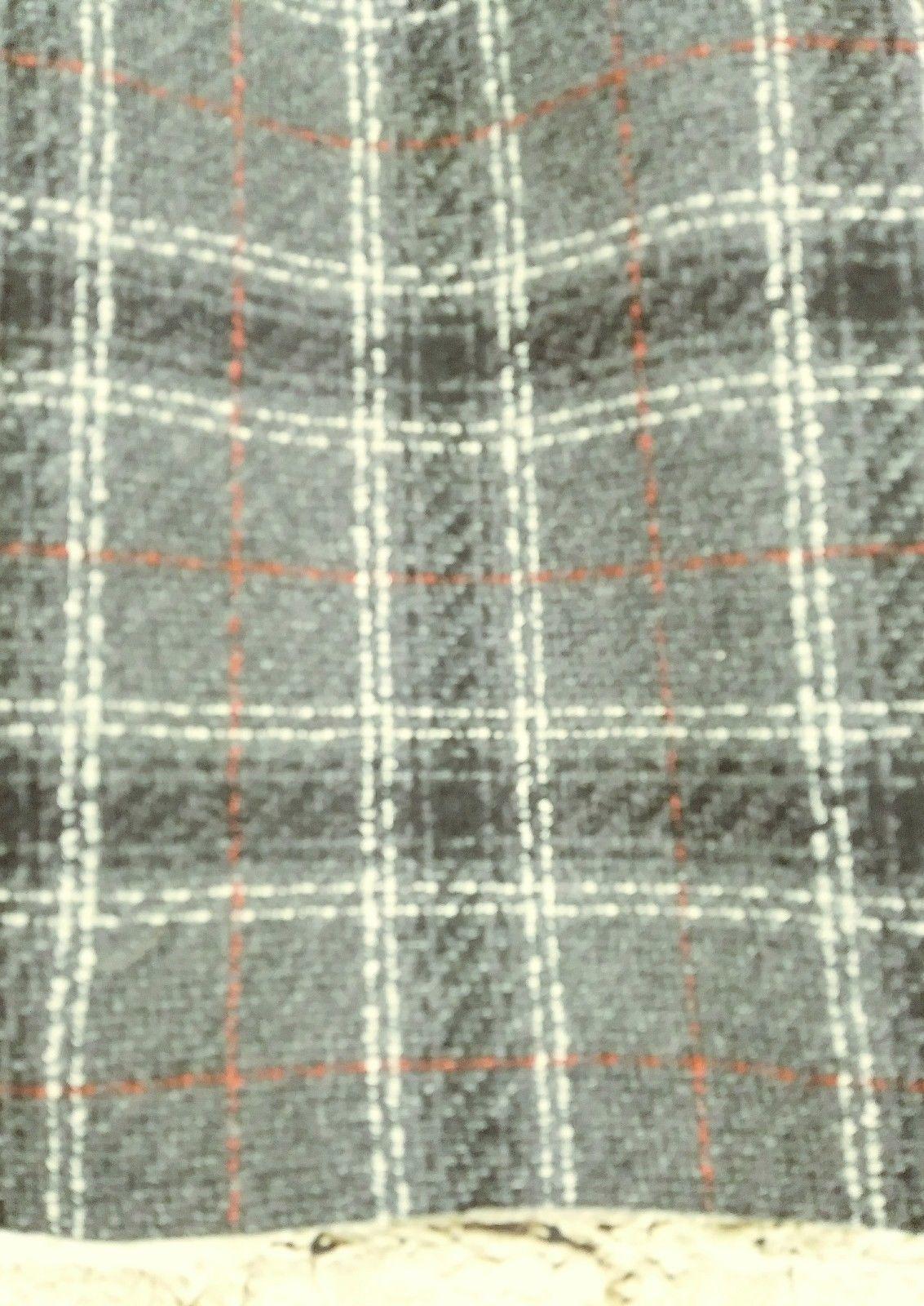 "women's Petite Sophisticate gray/white/red plaid skirt waist 30"" image 3"