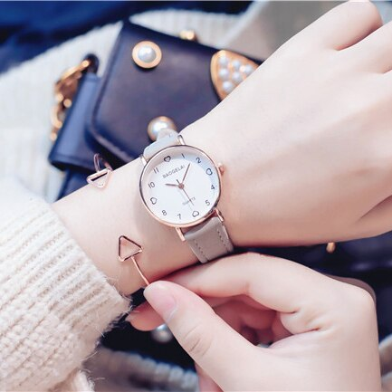 Love scale simple women quartz watch with vintage leather band 2019 lovely desig