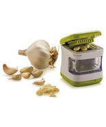 Xueliee Kitchen Vegetable Tool Garlic Press Very Plastic - $22.68 CAD