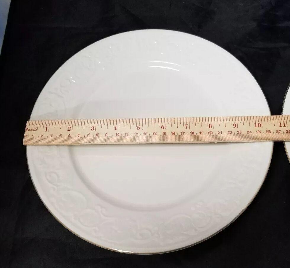 """Retroneu Calais Dinner Plates Set of 2, 10.5"""" White w Gold Trim 4173 image 7"""