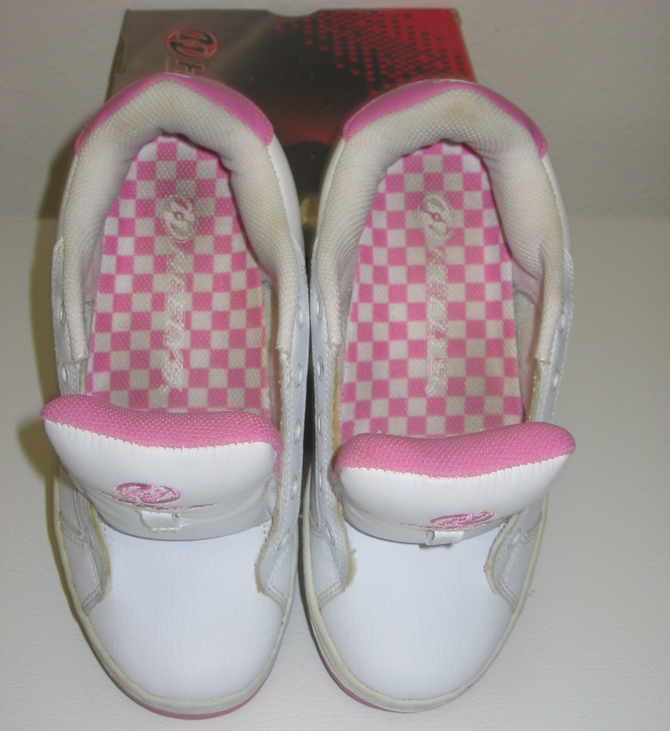 Heelys Bliss 2 White Pink Size 4 5 Skate Shoe Sneakers