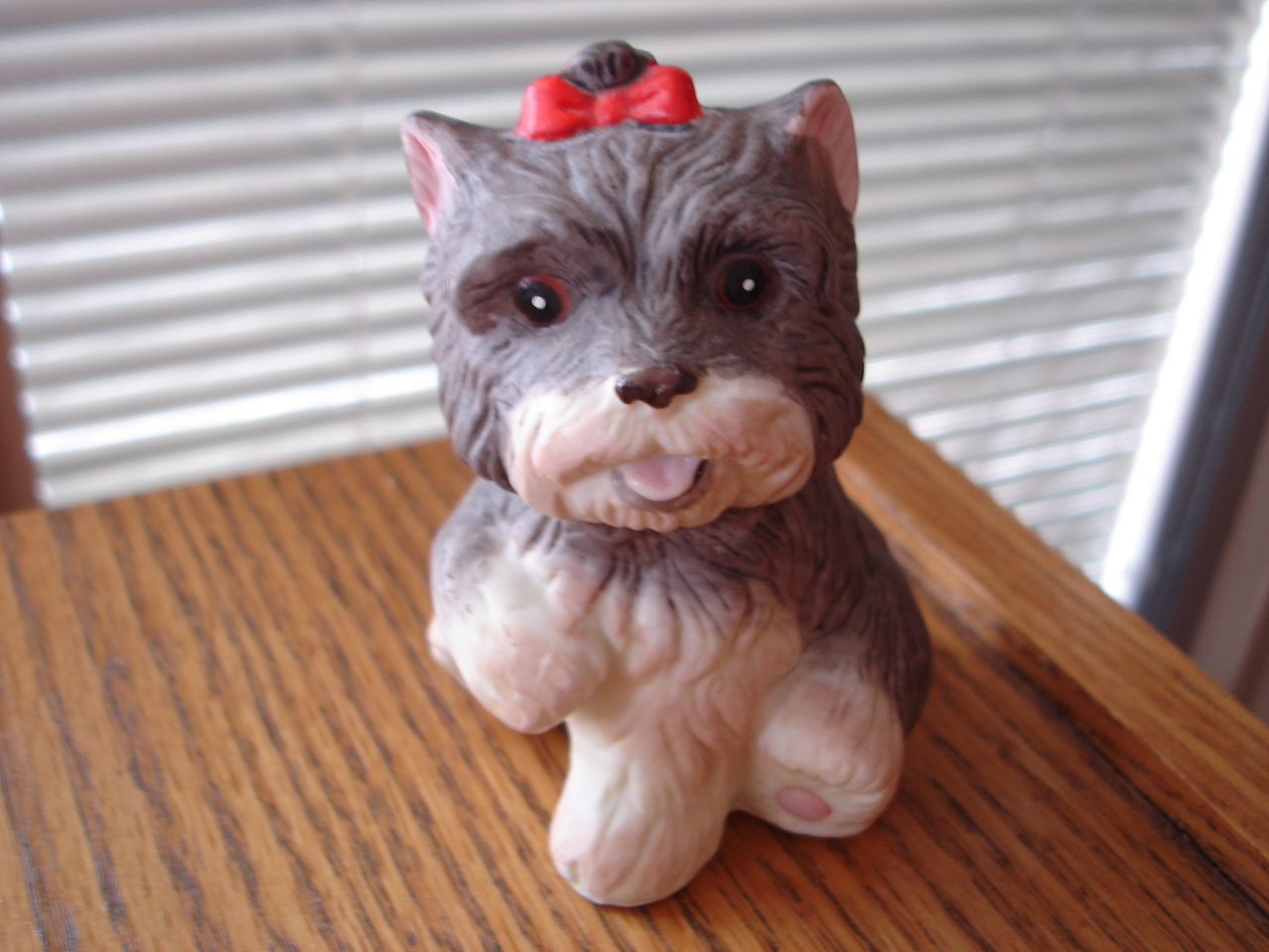 HOMCO Porcelain Bisque Baby Girl Yorkie Puppy Dog Sitting Figurine Bow