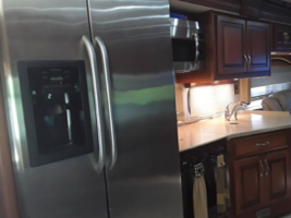 2011 Fleetwood DISCOVERY 40X Class A For Sale In Lakeland, FL 33810 image 9
