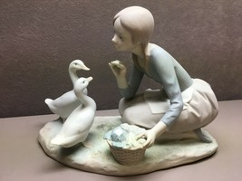Lladro Fine Porcelain Figurine Girl Feeding Geese Matte Finish Made in S... - $41.57