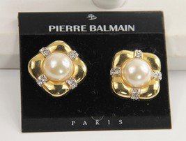PARIS FRENCH FRANCE Jewelry PIERRE BALMAIN FX PEARL & GOLD CLIP EARRINGS... - $75.00