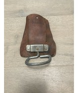Pre-Owned Broken In Leather Rooster Hammer Holder R-739 Tool Belt Accessory - $10.00