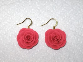 Dusty Rose Pink Rose Flower Polymer Clay Gold Dangle Drop Artisan Earrin... - $3.50