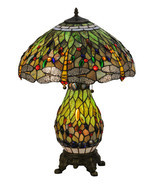 "25""H Tiffany Hanginghead Dragonfly Lighted Base Table Lamp - $8.237,49 MXN"