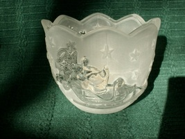 MIKASA HOLIDAY CLASSICS SANTA VOTIVE FROSTED GLASS CANDLE HOLDER - NEW!  - $6.79