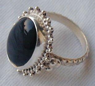 Maskit silver onyx ring X