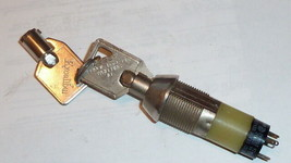 NEW Electrical key,C&K+ILLINOIS LOCK,Switch,2-position,4A,125VAC,2A,250V... - $10.00