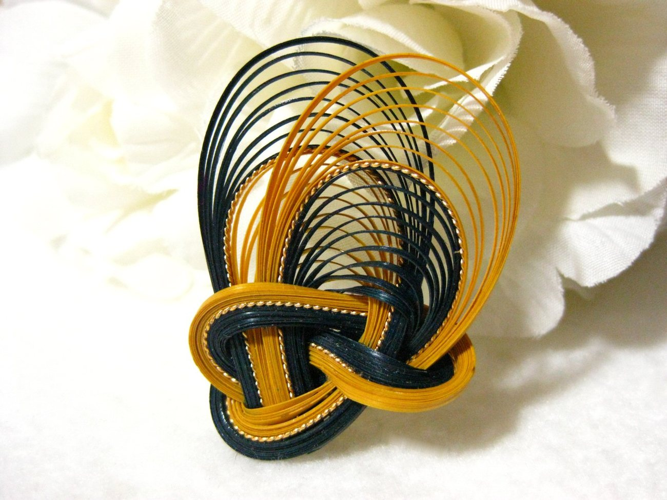 Vintage Bamboo Brooch/Pin Navy Blue & Butterscotch Yellow