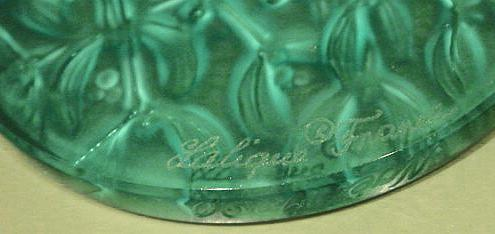 LALIQUE Green Crystal Glass Mistletoe Christmas Ornament, FR