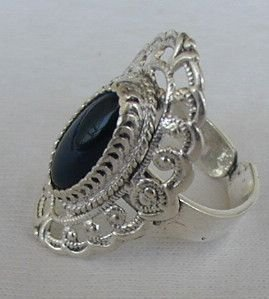 Shiny silver ring with onyx