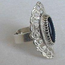 Shiny silver with onyx c thumb200