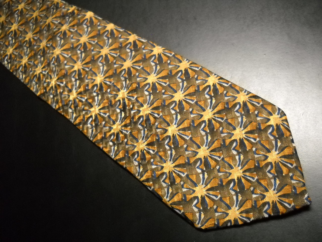 Tie artisphere charles vinson starbursts in brown with white blue accents 01