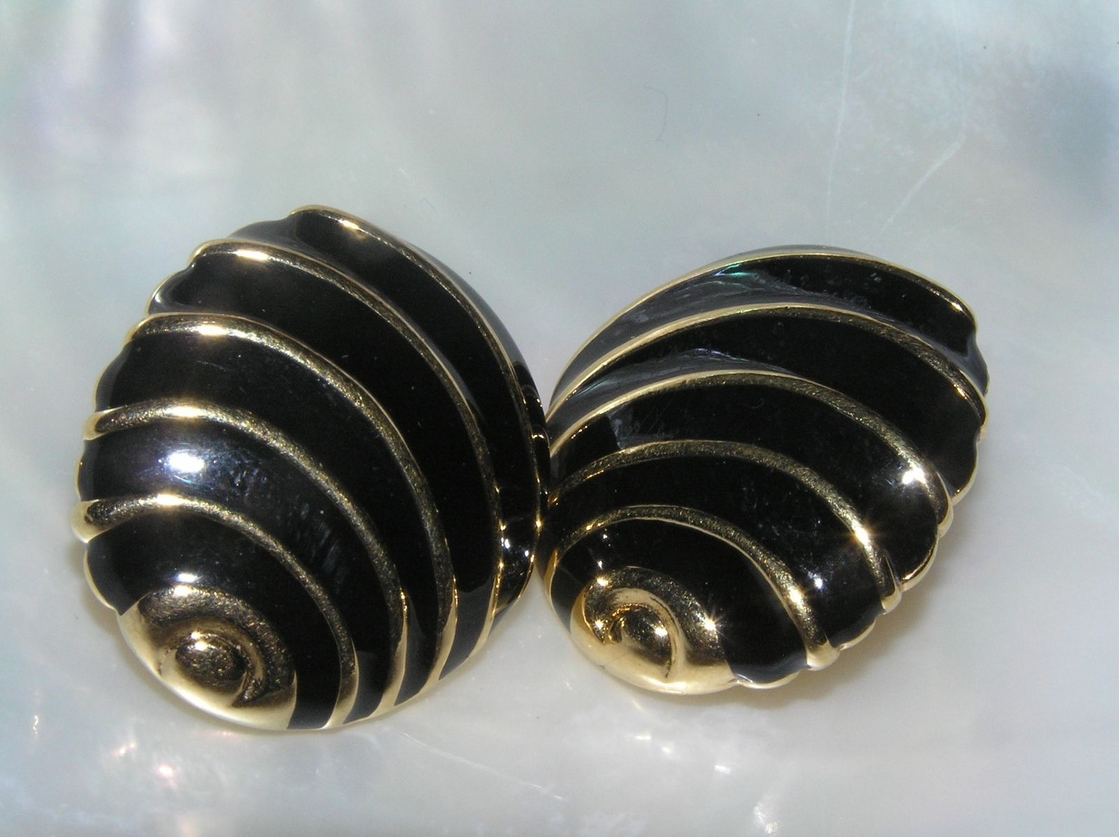 Primary image for Estate Napier Signed Black Enamel & Goldtone Abstract Sea Shell Post Earrings