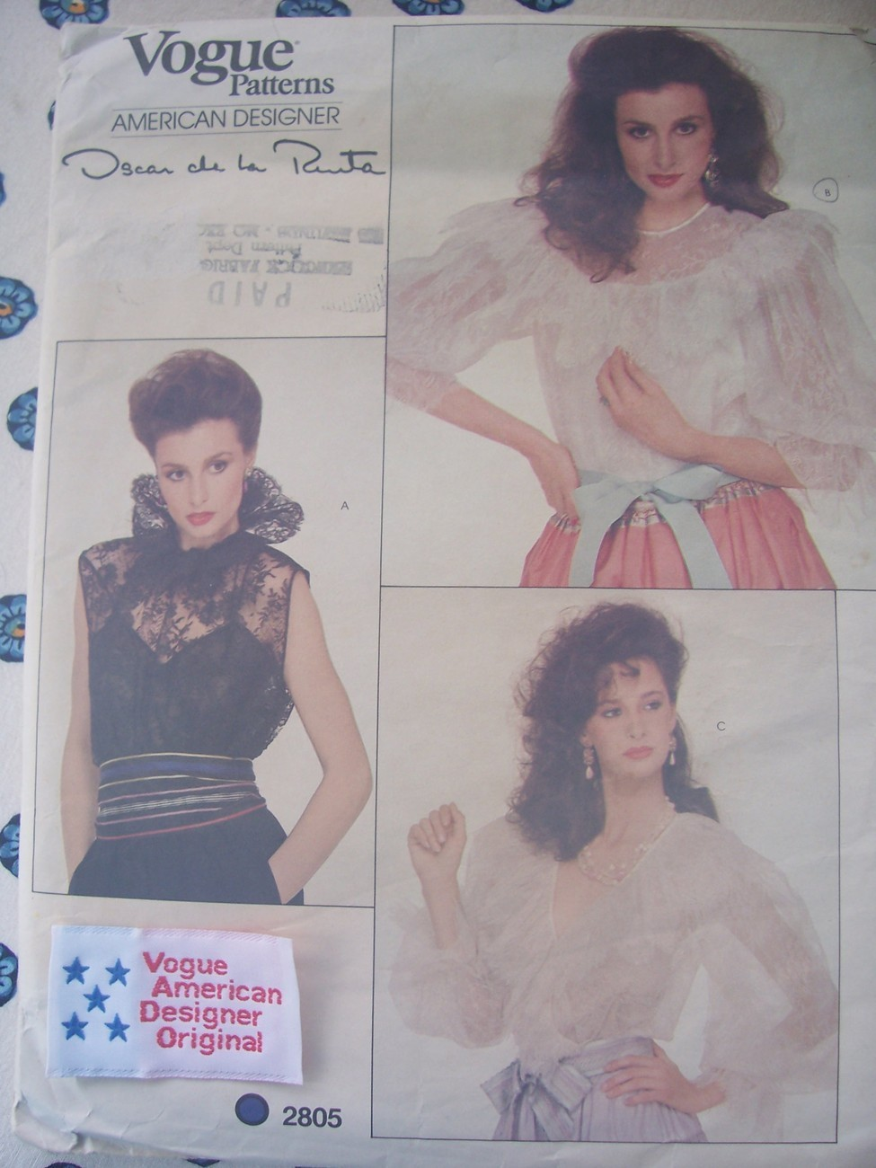 Vogue 2805 Oscar 3 Lovely Blouses Sew-In Label 12/34