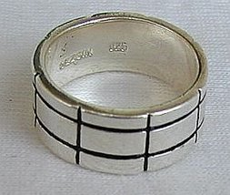 Bricks ring - $21.00