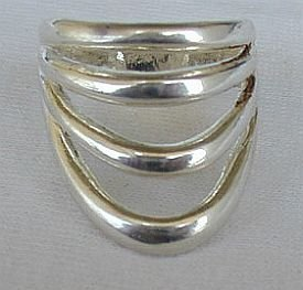4 seasons ring