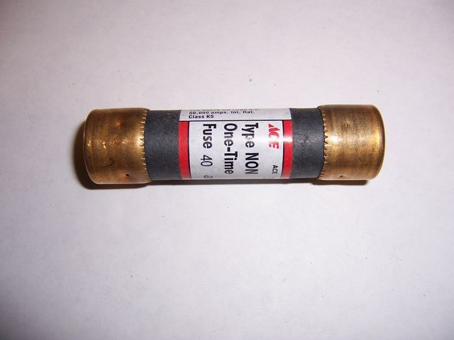 NON-40 cartridge fuse 40 amp 250 volt One Time